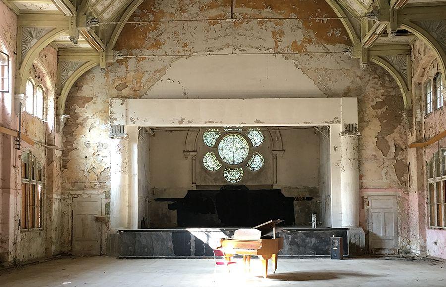 Quartier Beelitz-Heilstätten - Saal im denkmalgeschützten B3-Gebäude (historischer Männerpavillon)