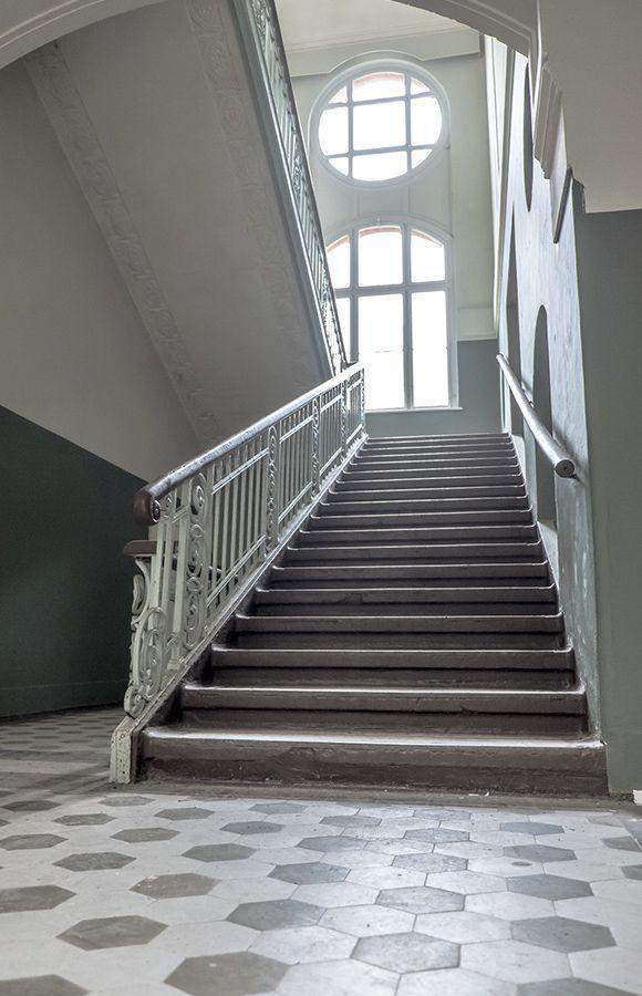 Quartier Beelitz-Heilstätten - Treppe im zentralen Badehaus