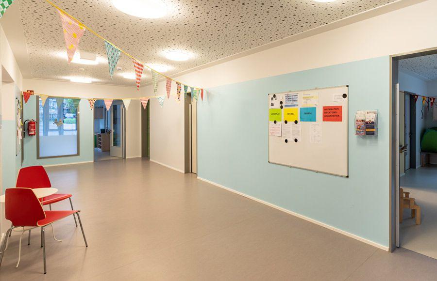 """Kindergarten am Filmpark - Flur in der Kita """"Ole Lukoie"""""""