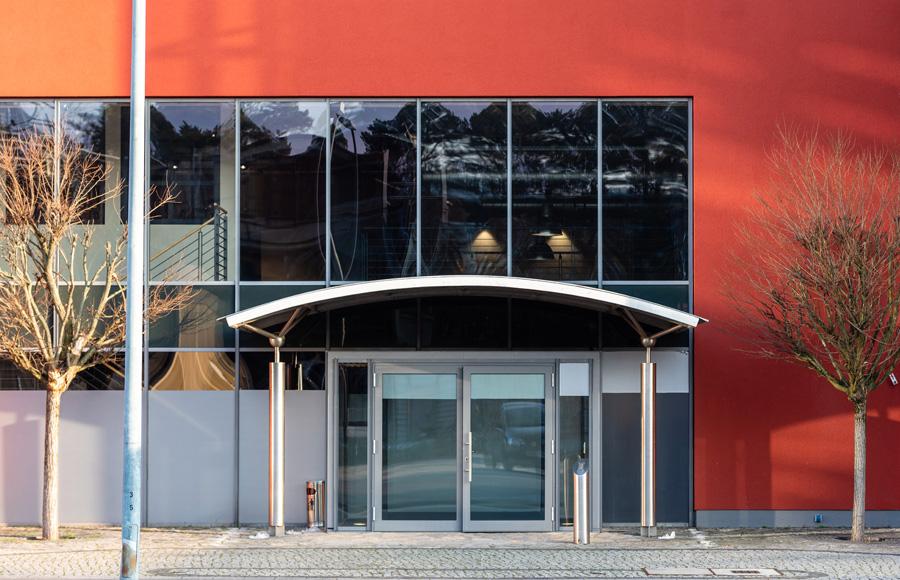 Studio Five - Blick auf Eingangsbereich XU University