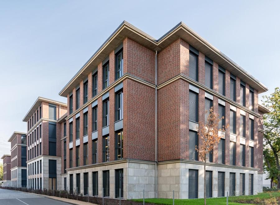 Bürohaus August-Bebel-Str. 28